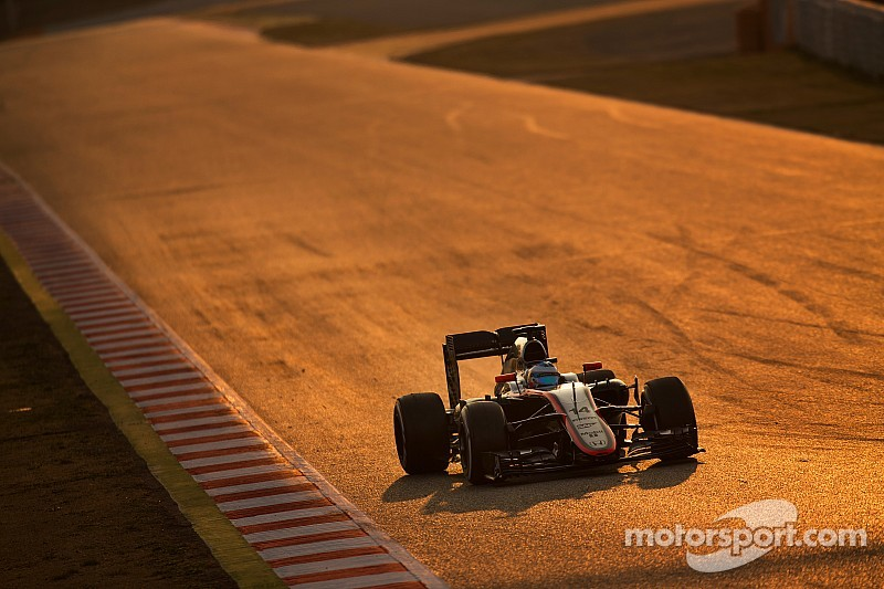 "Ecclestone says Alonso crash ""inexplicable"""