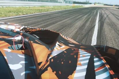 Video: Hier schreit Lamborghinis V12-Hypercar das Testgelände zusammen
