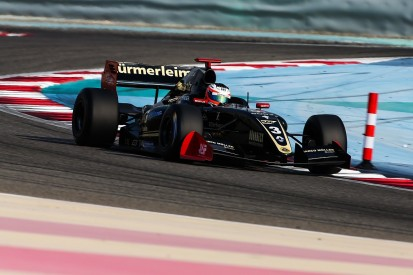 Binder claims pole for last ever Formula V8 3.5 race in Bahrain