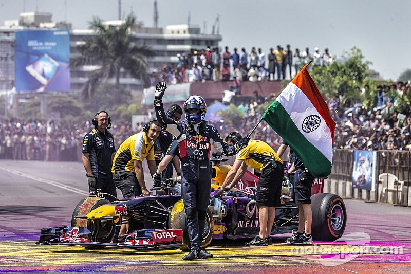 Coulthard pide disculpas por incidente con la bandera de la India