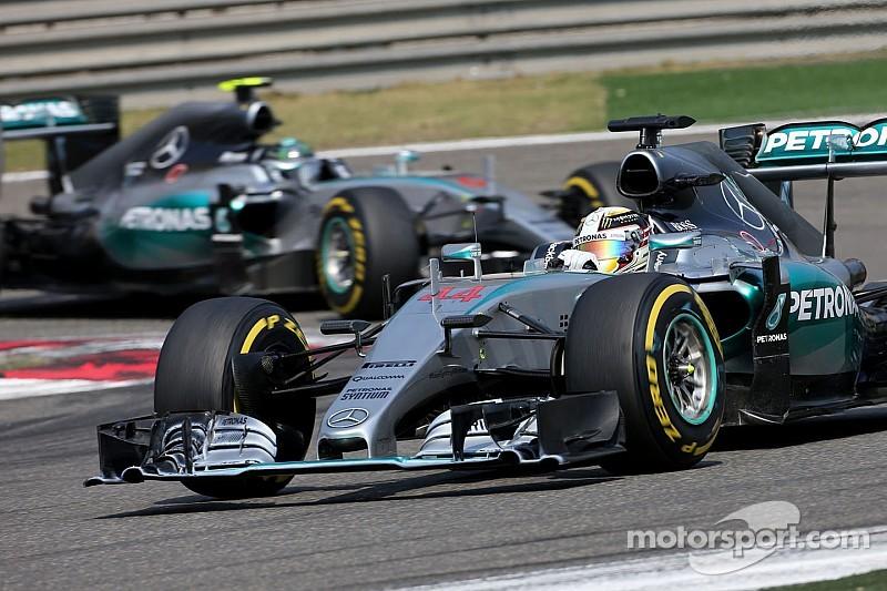 Hamilton says Rosberg didn't try hard enough