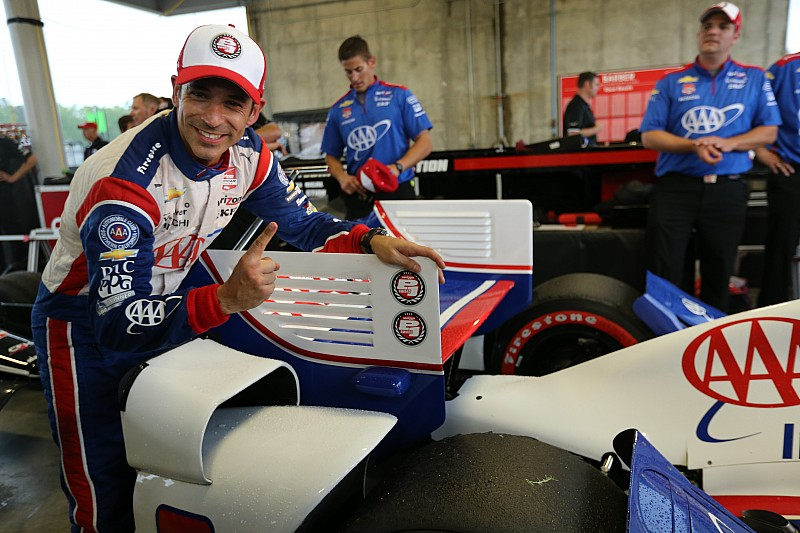 Castroneves leads Penske trio in Barber qualifying