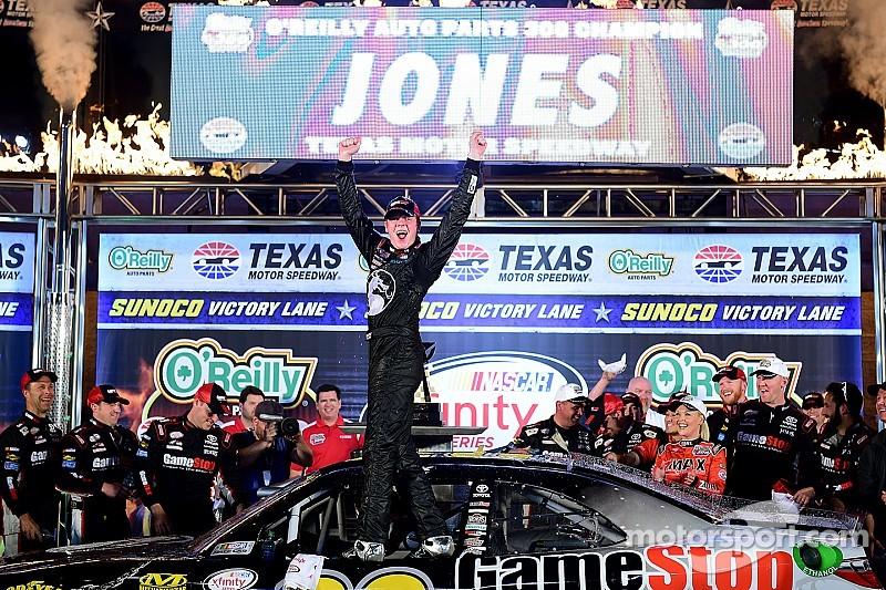 Erik Jones continues to impress with top lap in Happy Hour