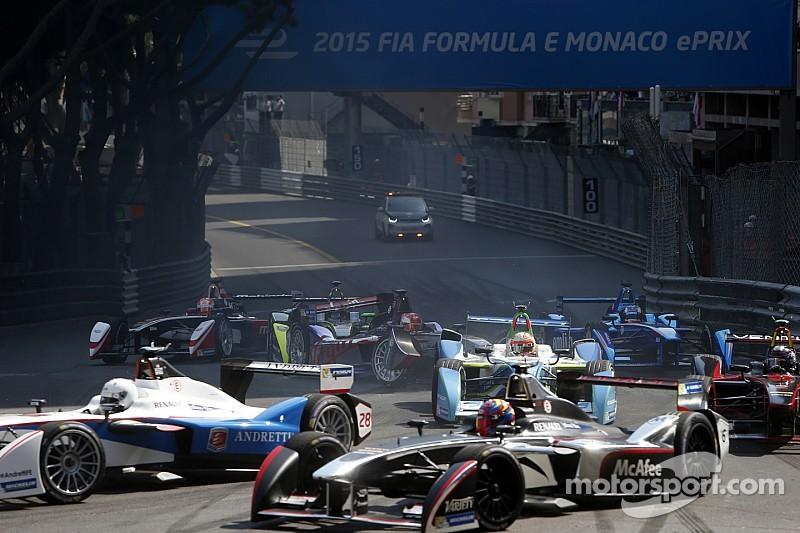 Видео: серьезная авария на старте Формулы Е в Монако