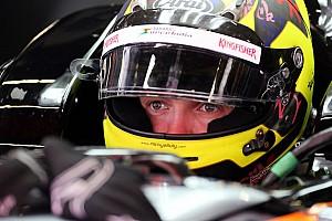 Формула 1 Пресс-релиз Йеллоли: Управлять машиной Ф1 легче чем ожидал