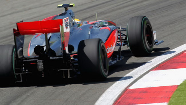 McLaren copia gli scarichi Red Bull