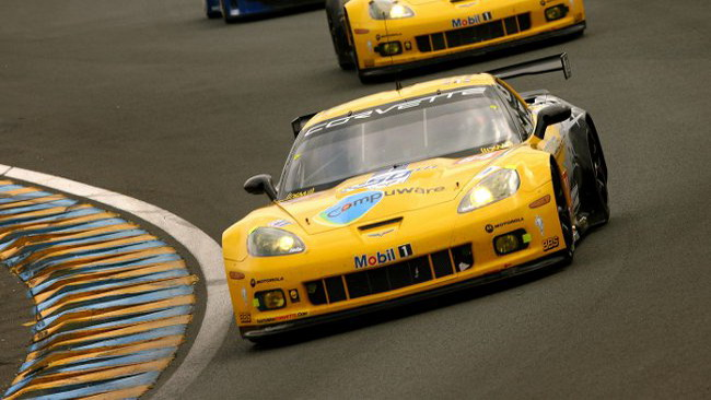Gran botto per la Corvette leader in GT2: safety car