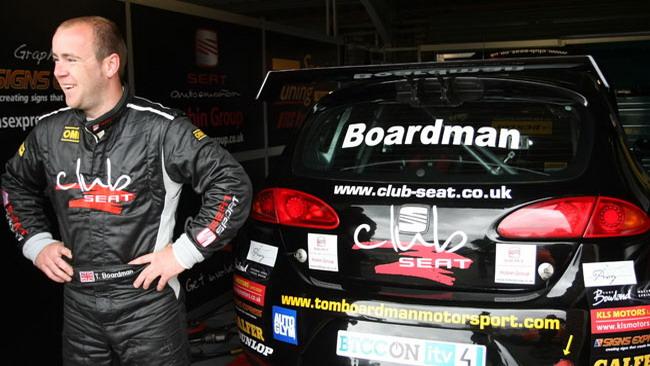 Una Leon a benzina per Boardman a Brands Hatch