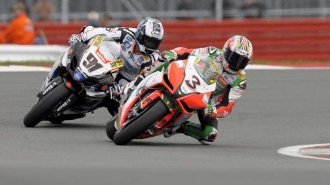 Nurburgring, libere 1: Biaggi mette in fila le Ducati