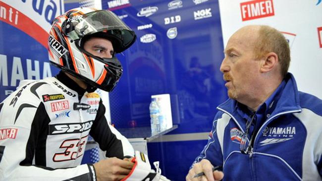 Melandri scopre la Yamaha a Valencia