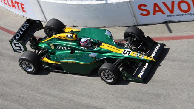 Dal 2012 la Lotus farà anche da motorista!