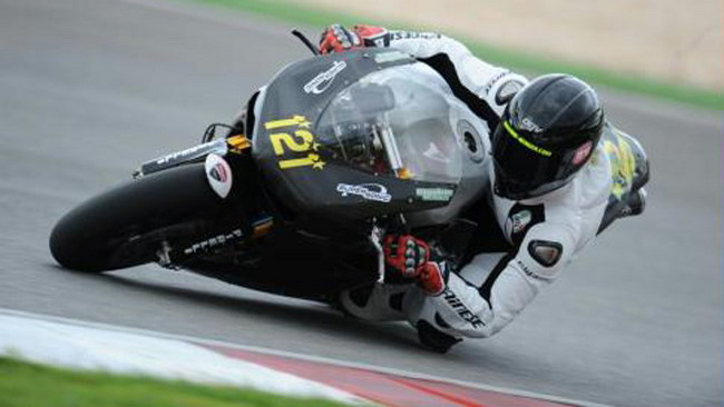 Team Supersonic in pista ad Alcaniz con Berger