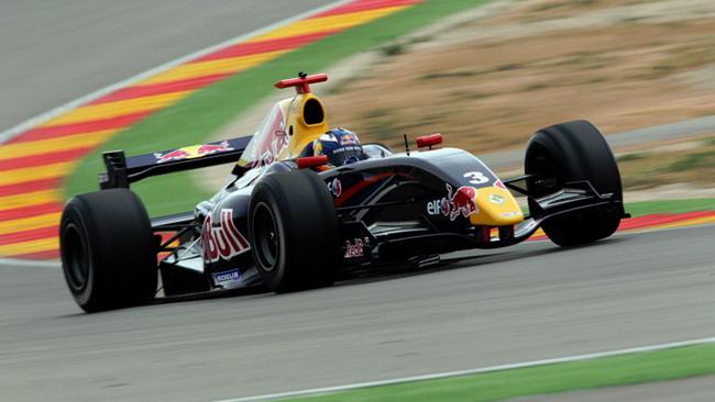 Ricciardo comanda la prima giornata di test ad Alcañiz