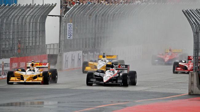 Pioggia su San Paolo: gara posticipata a lunedì
