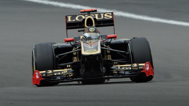 Lotus Renault con gli scarichi laterali in Ungheria