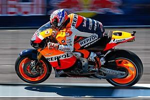 MotoGP Ultime notizie Stoner si gode l'ennesima pole stagionale