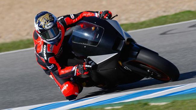 Edwards subito veloce nei test di Jerez