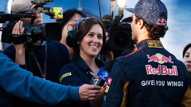 Ricciardo subito a punti con la Toro Rosso