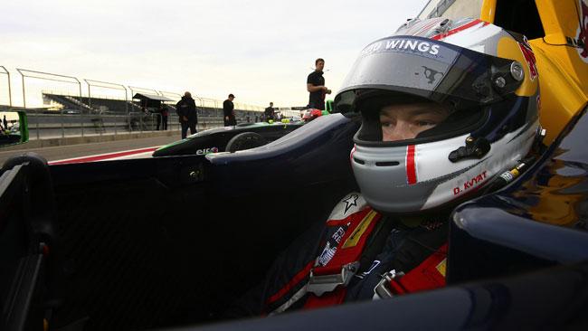 Daniil Kvyat al palo in gara 1 a Motorland Aragon