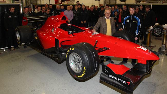 16 piloti nei test Auto GP di Barcellona