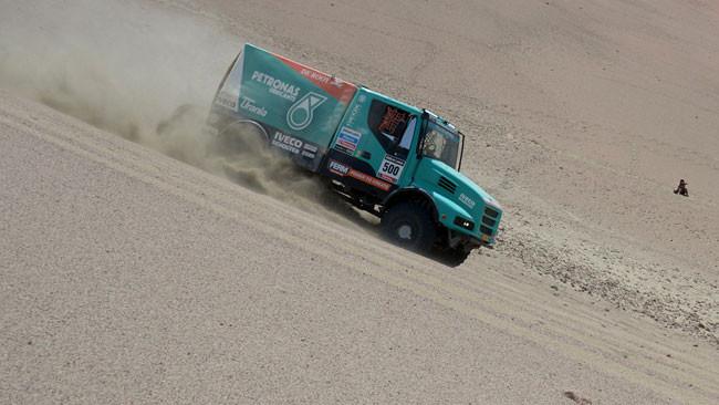 Dakar, 7° Tappa: De Rooy mette la quinta