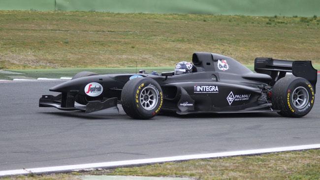 Riscontri positivi per la vettura 2013 a Vallelunga