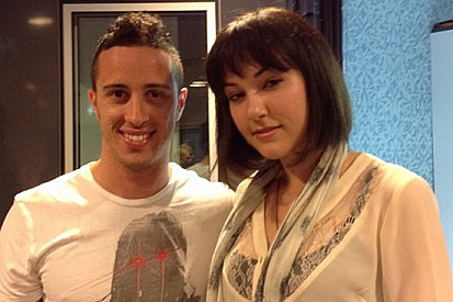 Dovizioso incontra Sasha Grey a Radio Deejay