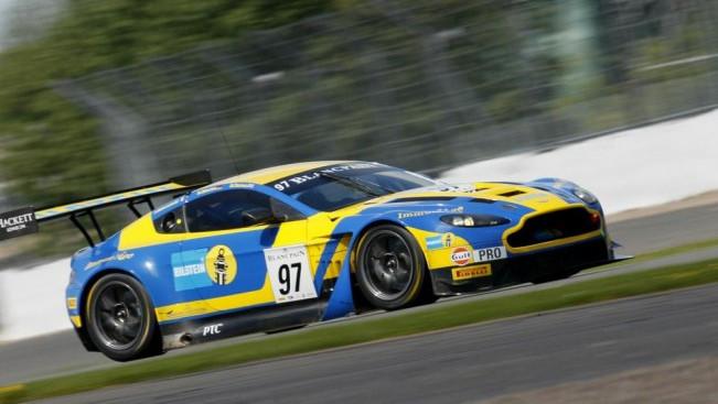 Aston Martin in pole a Silverstone
