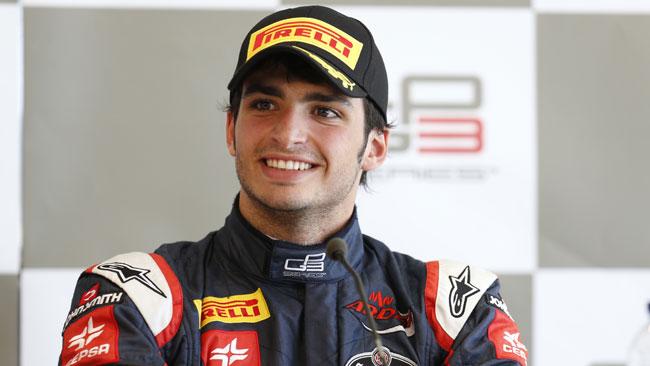 Carlos Sainz Jr sulla Red Bull nei Rookie Test