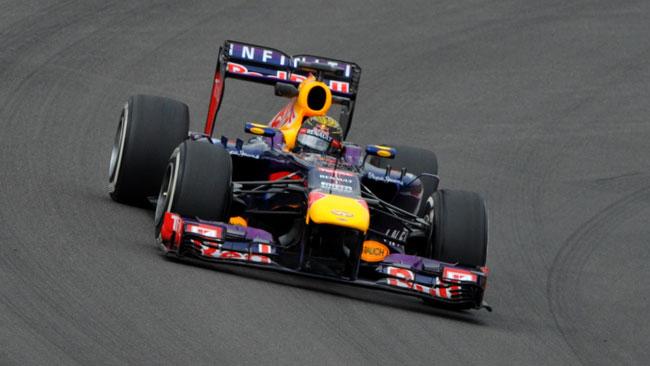 Nurburgring, Libere 2: Vettel risponde alle Mercedes