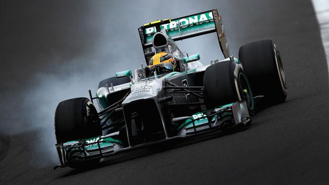 Lewis Hamilton contesta la sua strategia