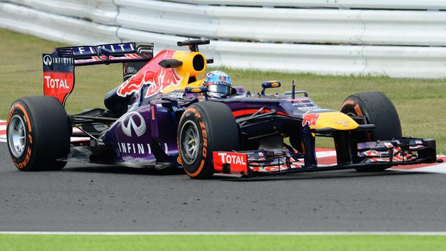 Suzuka, Libere 2: Vettel domina con la Red Bull