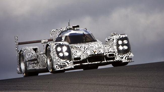 Primi giri con la Porsche LMP1 per Mark Webber