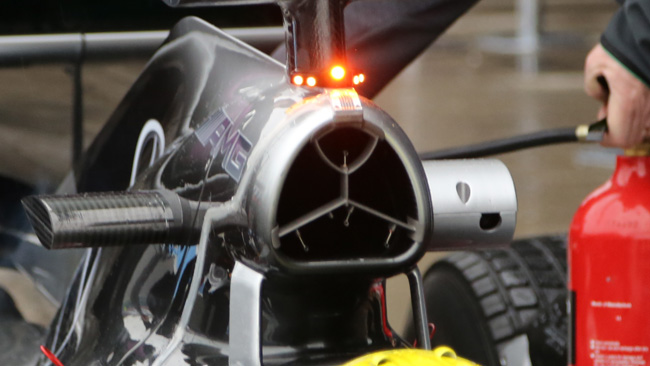 Mercedes: ci sono i sensori anche nell'airbox