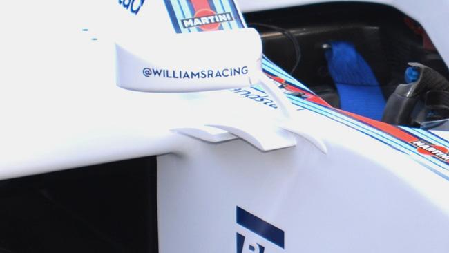 Williams: specchietti senza doppio supporto