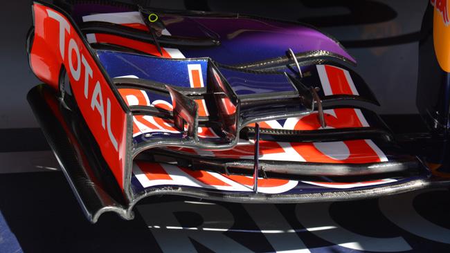La Red Bull cerca carico nell'anteriore