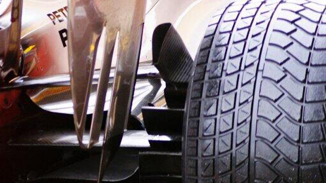 Mercedes: i freni alimentano il flusso delle paratie