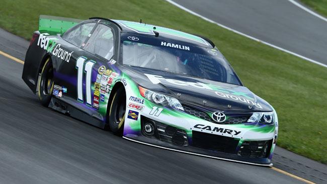 Denny Hamlin in pole position a Pocono