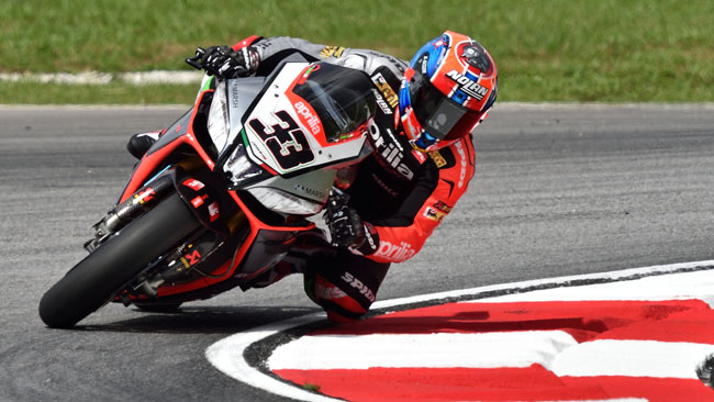 Sepang, Gara 1: Marco Melandri ritrova la vittoria