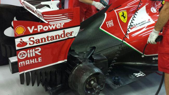 La Ferrari ricorda Emilio Botin a Singapore