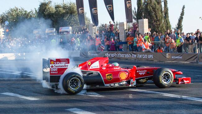 50.000 spettatori per la Ferrari a Gerusalemme