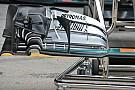 Mercedes: quante arricciature nell'ala anteriore!