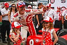 Скотт Диксон завоевал поул Indy 500