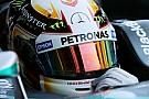 Fã assumido, Hamilton não crê que esteja próximo de igualar Senna
