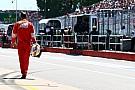 Por ultrapassar em bandeira vermelha, Vettel perde cinco posições no grid