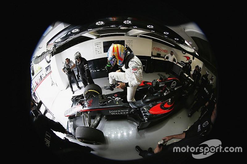 Alonso pede para que McLaren se foque apenas em 2016