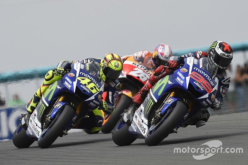 На экваторе сезона MotoGP: Росси против Лоренсо
