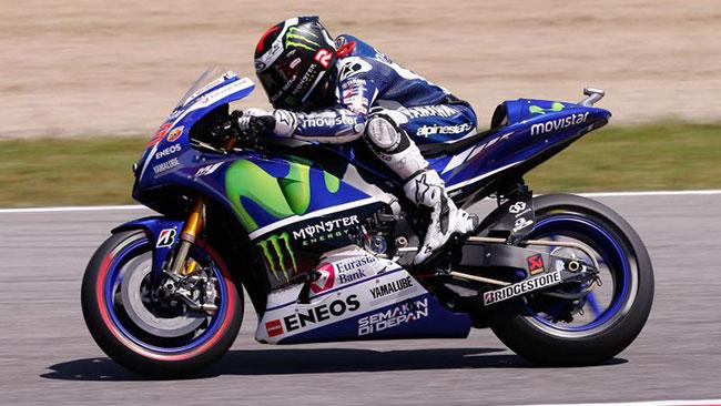 Mugello, Libere 3: Lorenzo vola, Marquez out dalla Q2!
