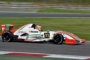 Formula Abarth - Italia Ultime notizie Primo match point per Piero Longhi in Francia