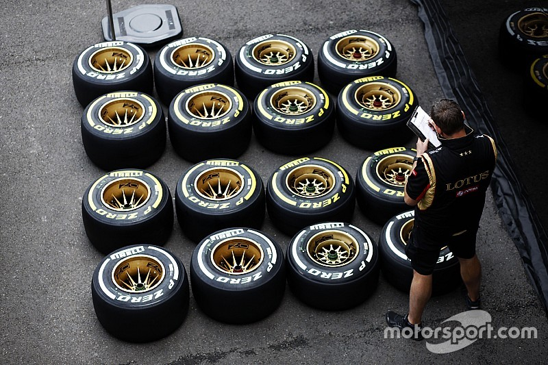 Lotus cleared to run after tyre wait